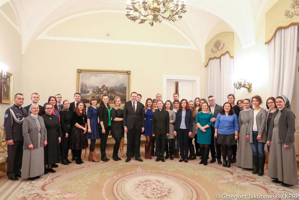 Młodzież polska z Białorusi, Ukrainy, Rosji i Kazachstanu odwiedziła Pałac